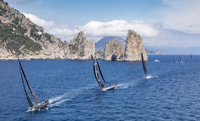 Il coronavirus ferma la vela: rinviate al 2021 le regate della Rolex Capri Sailing Week