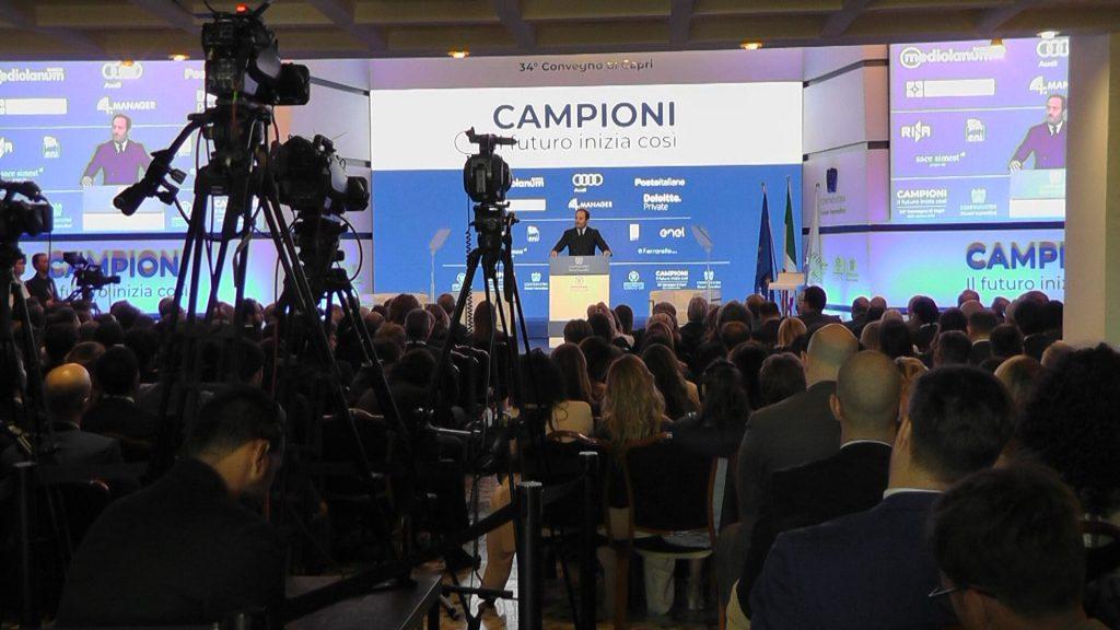 """Capri, il ministro Boccia: """"Pos e limite ai contanti indice di civiltà"""". Il presidente di Confindustria: """"Sì lotta a evasione, no ansia manette"""""""