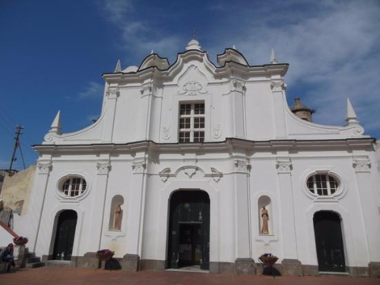 Ad Anacapri nella chiesa parrocchiale l'inaugurazione del restauro della cappella, prevista la presenza del vescovo