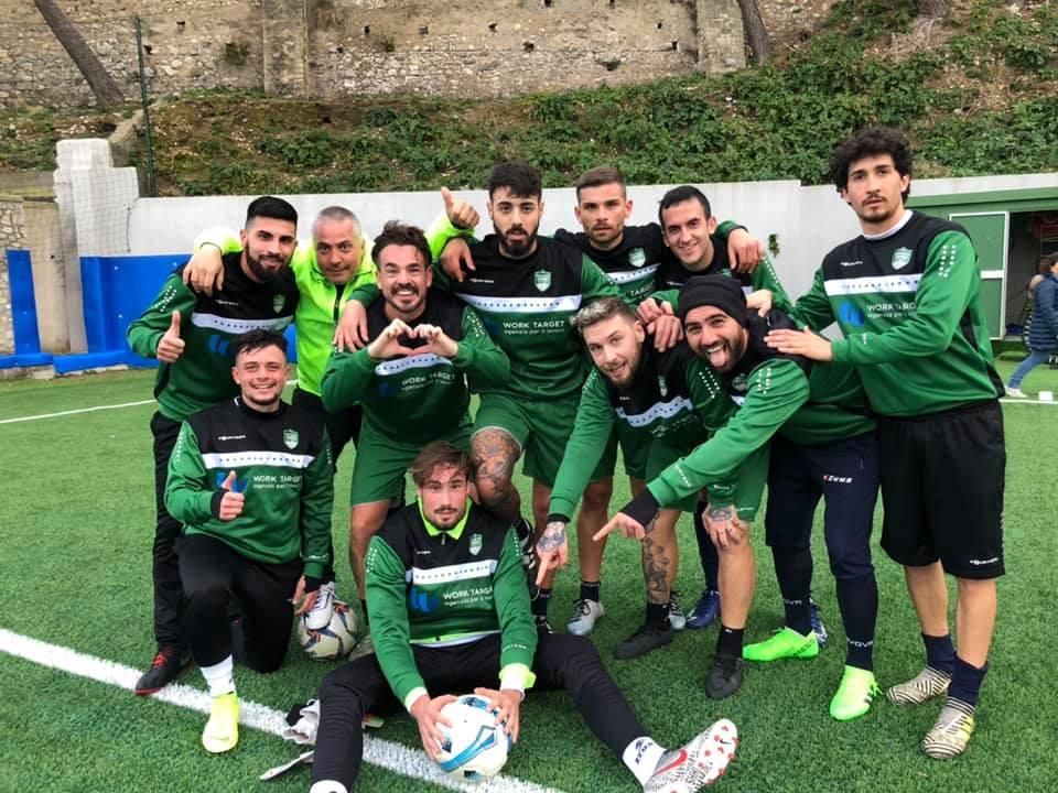 Calcio, campionato di Prima Categoria: continua la cavalcata della Polisportiva Capri Isola Azzurra, 3 preziosi punti in trasferta