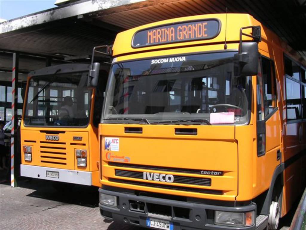 """Trasporto pubblico locale, l'Usb contetsa l'Atc: """"Vendita di biglietti a bordo e numero dei passeggeri, va rivisto l'ordine di servizio"""""""