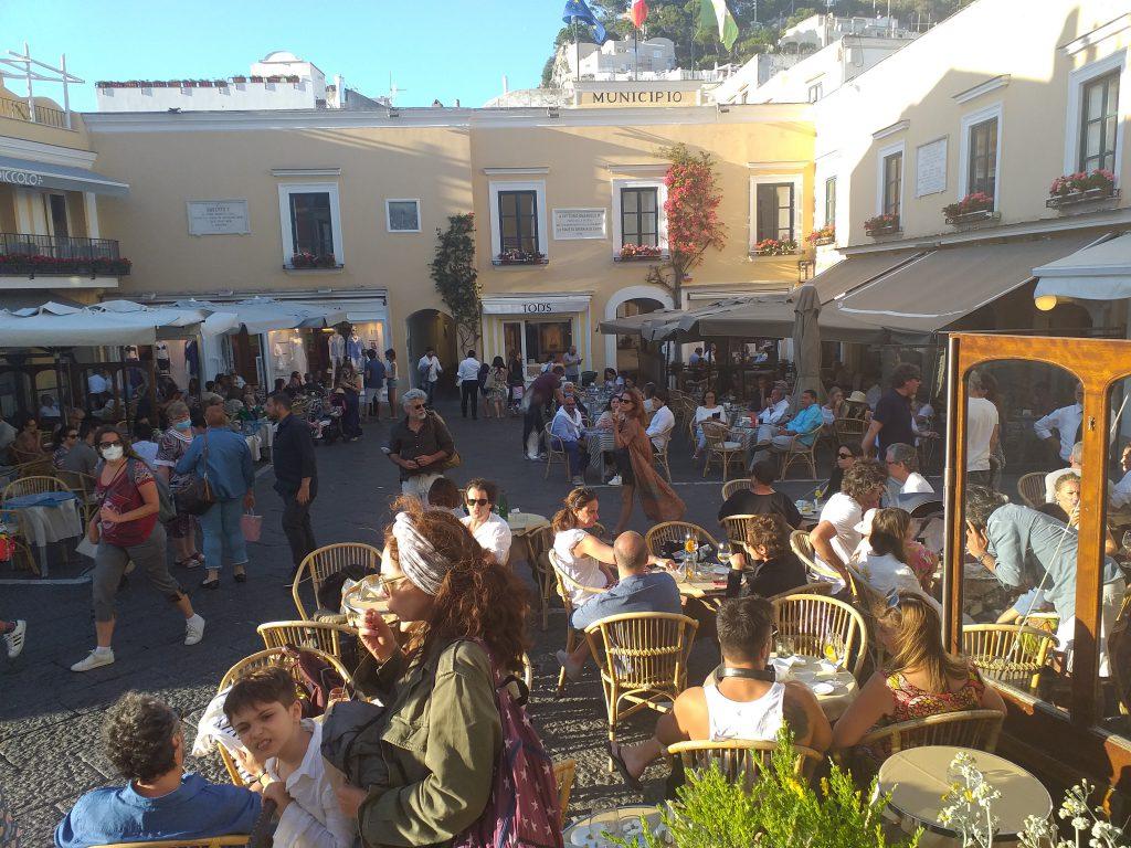 """Eventi culturali estivi, avviso-invito del Comune di Capri: """"Presentate proposte"""""""