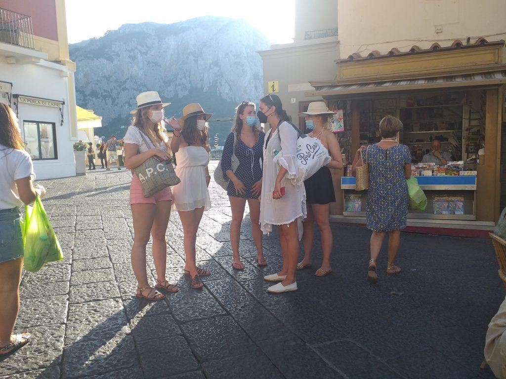 """Comunicato congiunto delle due Amministrazioni dell'isola di Capri: """"Raccomandiamo a cittadini e turisti in visita o in villeggiatura l'adozione dell'App Immuni"""""""