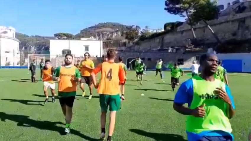 Il Covid ferma il campionato di calcio di Eccellenza: stop a sei partite su sette, non si gioca Racing Capri-San Giorgio dopo la notizia di una positività tra i calciatori