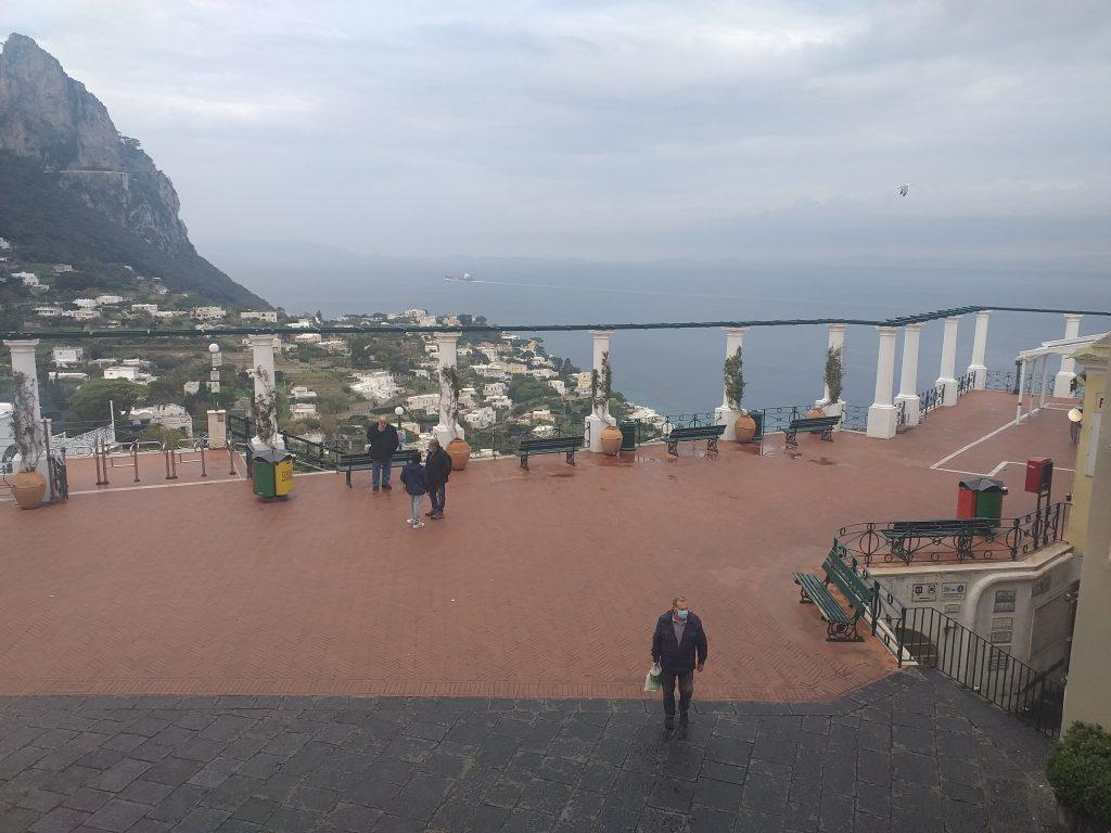 """La Campania resta regione """"gialla"""". De Luca avverte: """"Non è un rompete le righe, se avremo comportamenti irresponsabili si chiuderà tutto"""""""
